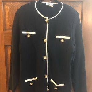 Black w/ ivory detail sweater w/ gold pearl button